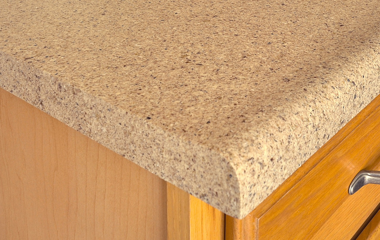 what is the difference between laminate