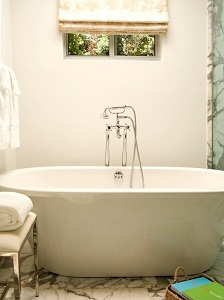 Contact Miracle Method before you run off and replace that old tub.