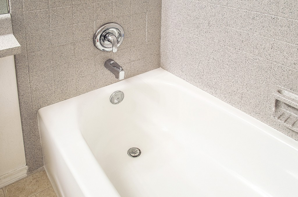 using miracle method to refinish your bathtub will add 10 to 15 years