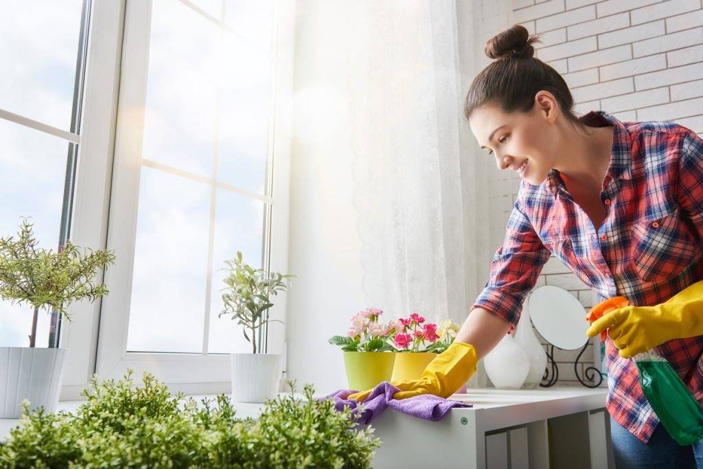 10 Hacks To Make Spring Cleaning Easier